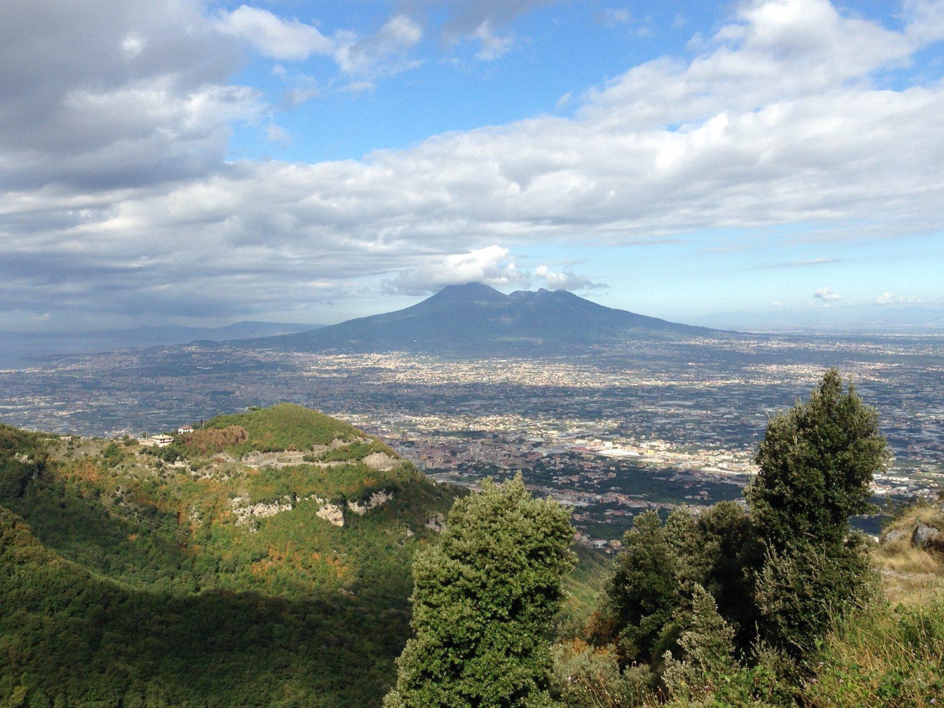 Blick zurück auf den Vesuv