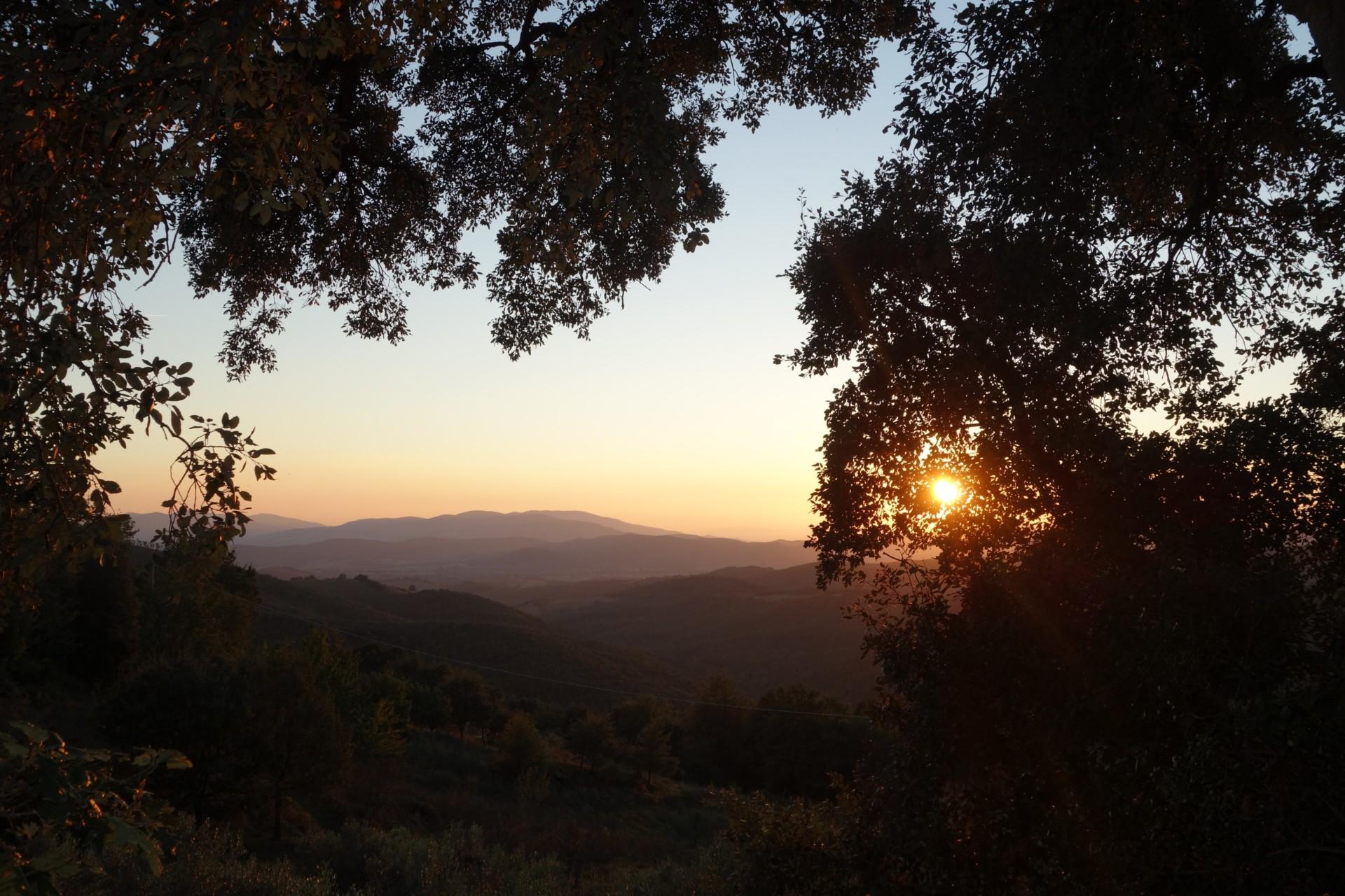 Einer der vielen atemberaubenden Sonnenuntergänge