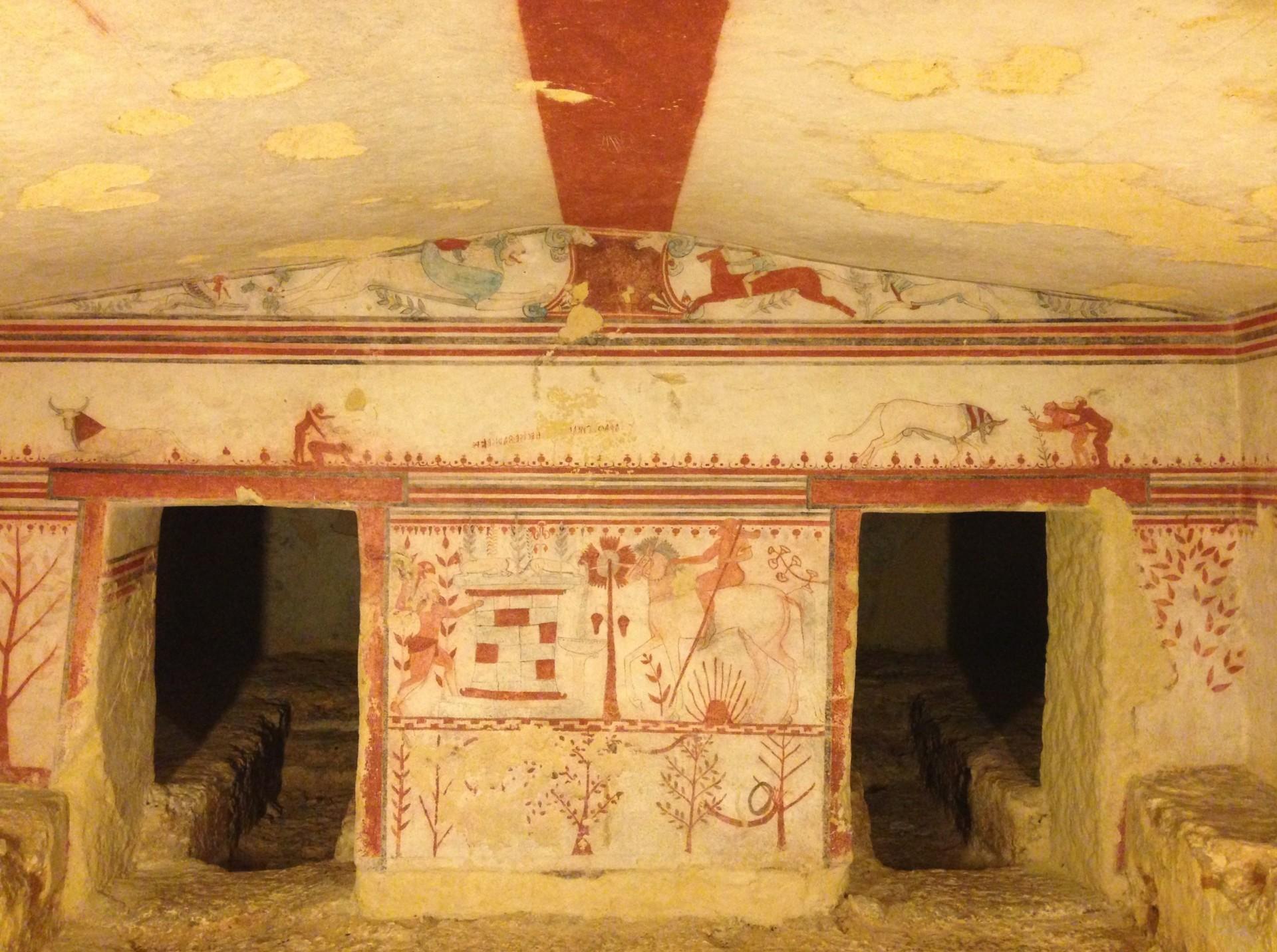 Auf den Spuren der Etrusker: das Grab der Bullen in Tarquinia