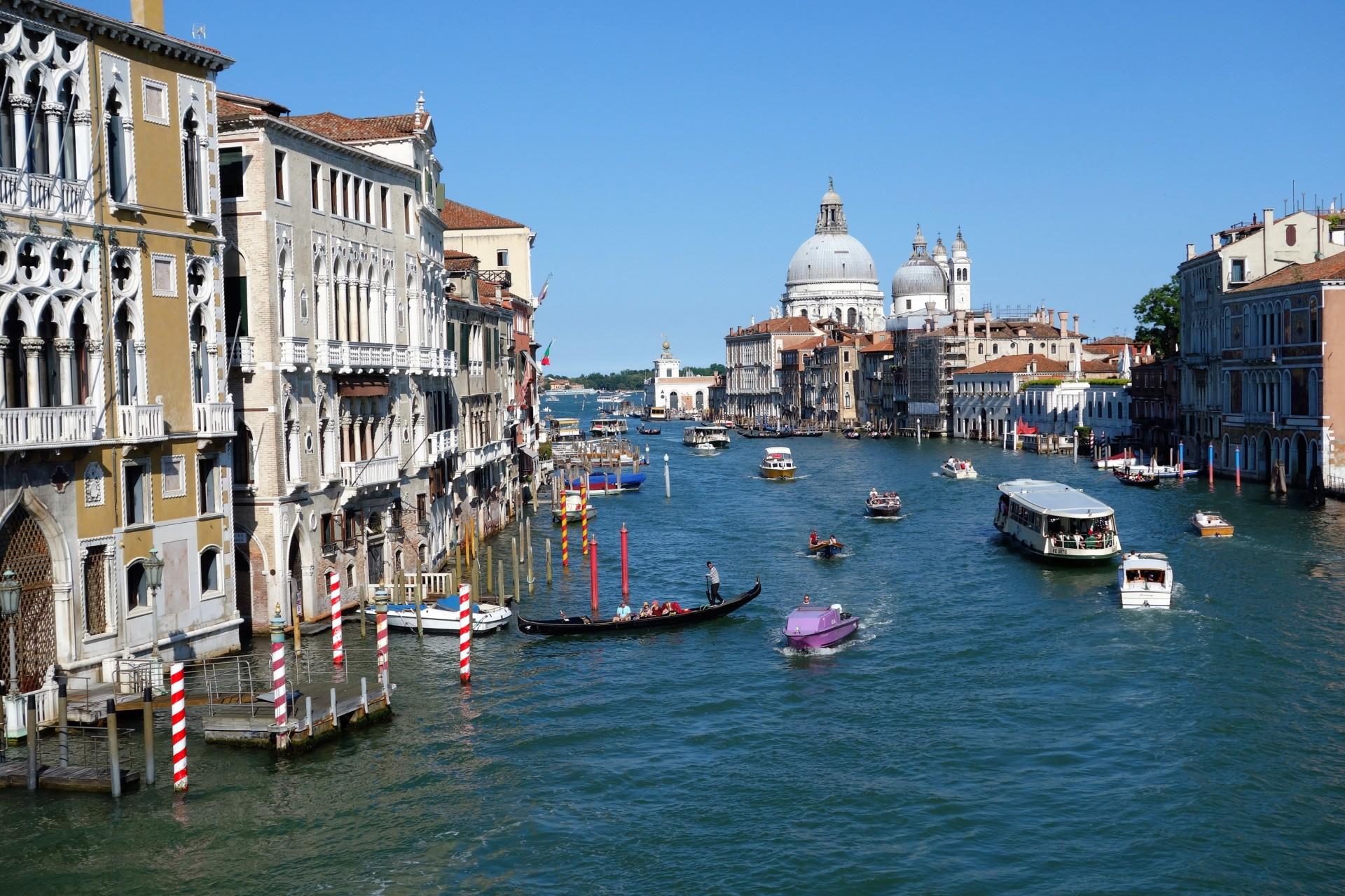 Canal Grande mit Blick auf Santa Maria della Salute