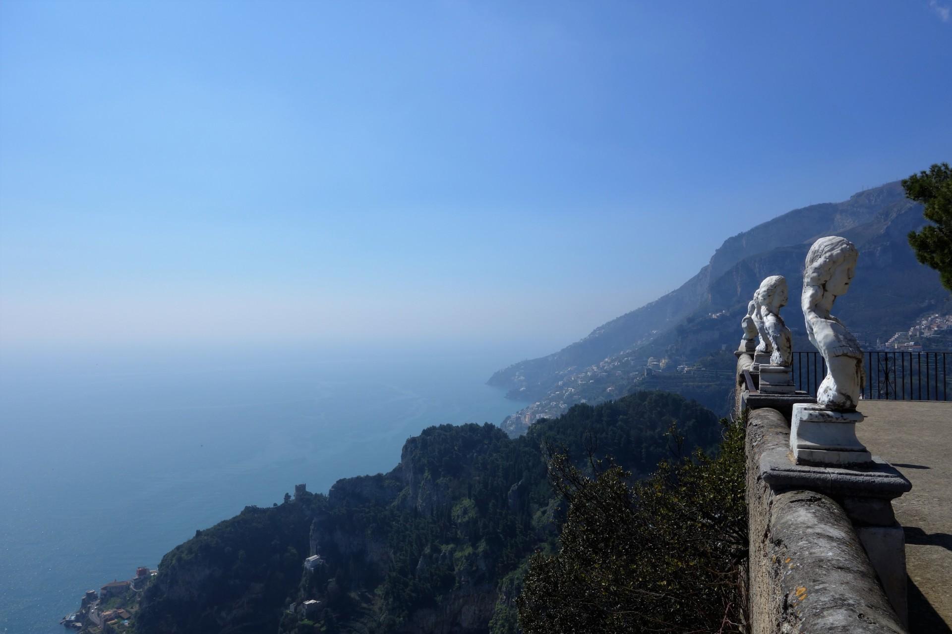 Amalfitana: Ravello, auf der Terrasse der Villa Cimbrone