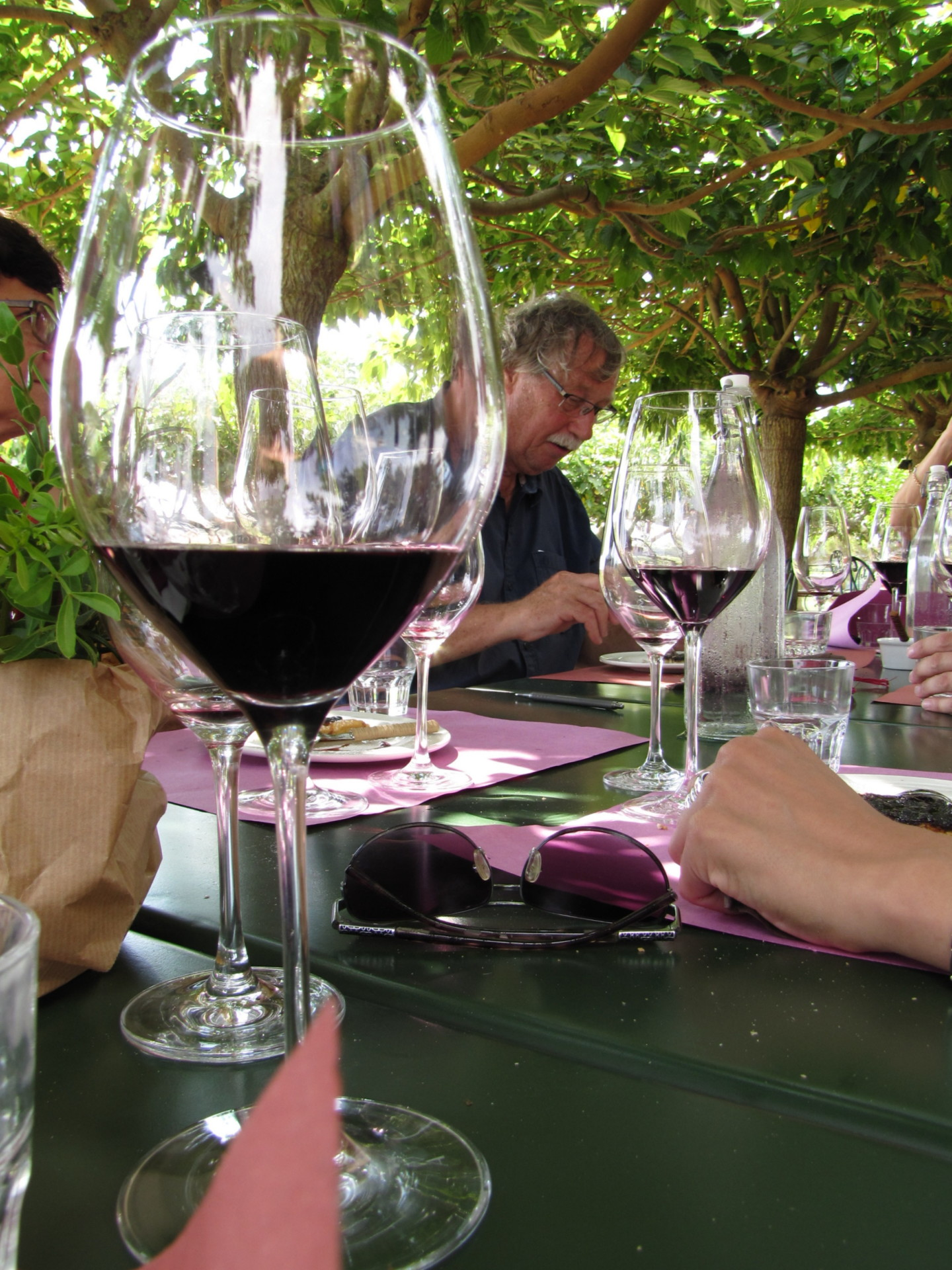 Mittagessen bei Le Mortelle *