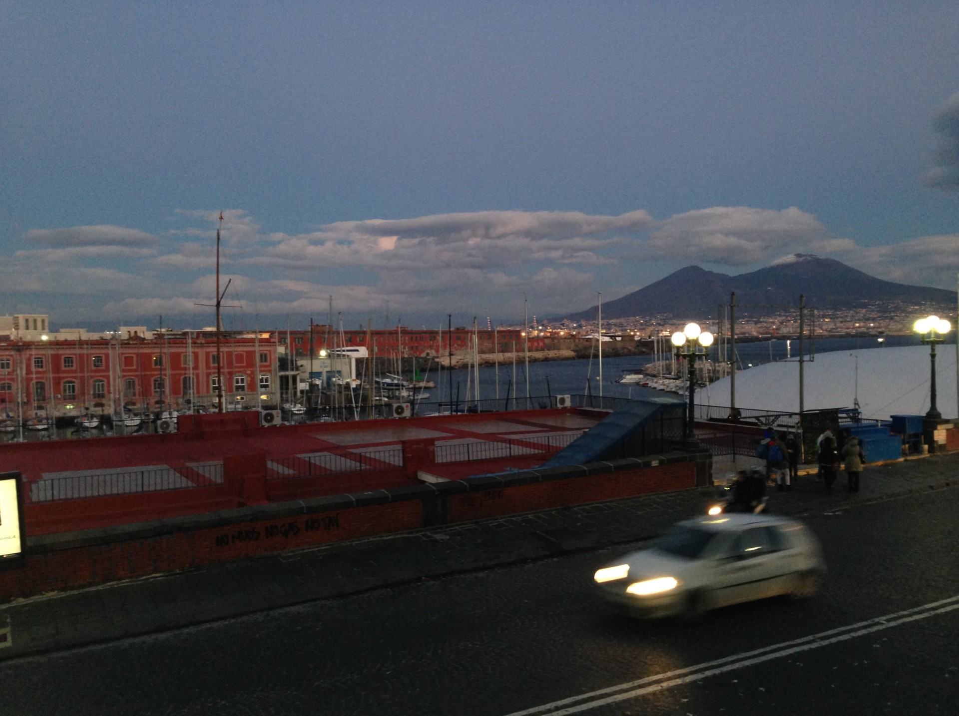 Abendstimmung in Nähe des Hafens