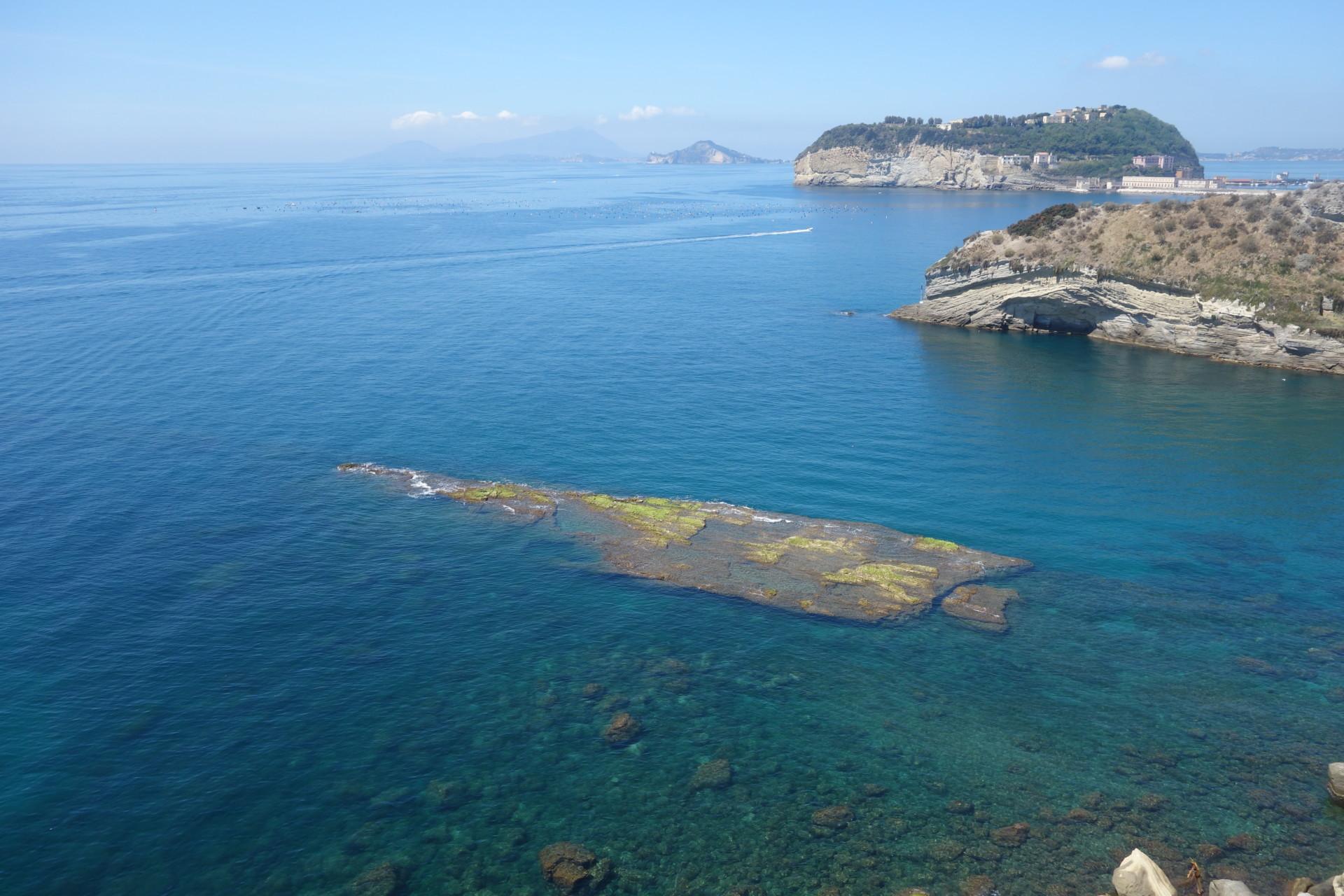 Costa di Napoli, vista su Nisida