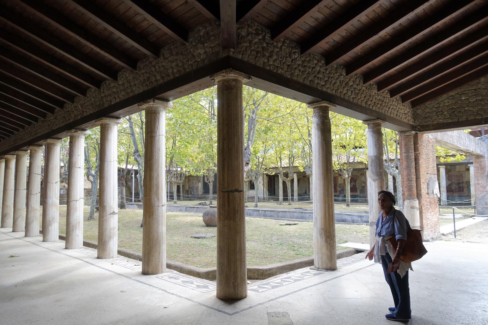 Peristyl Villa San Marco