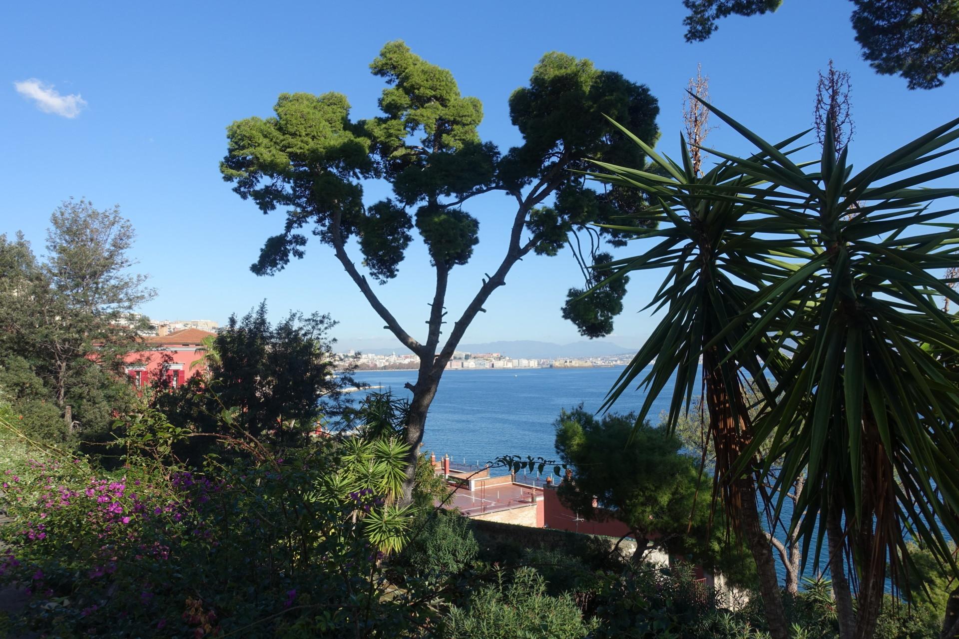 Sicht auf den Neapel, Palazzo Donna Anna