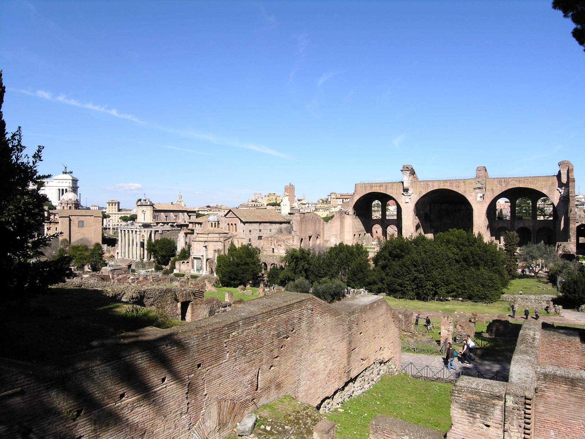 Blick ins Forum, Rom