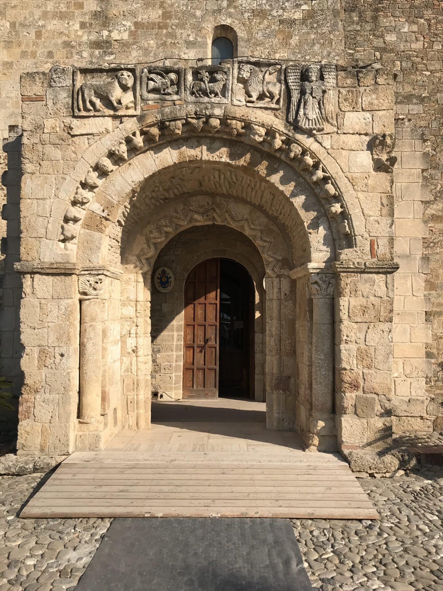 Eingangsportal Santa Maria d'Anglona
