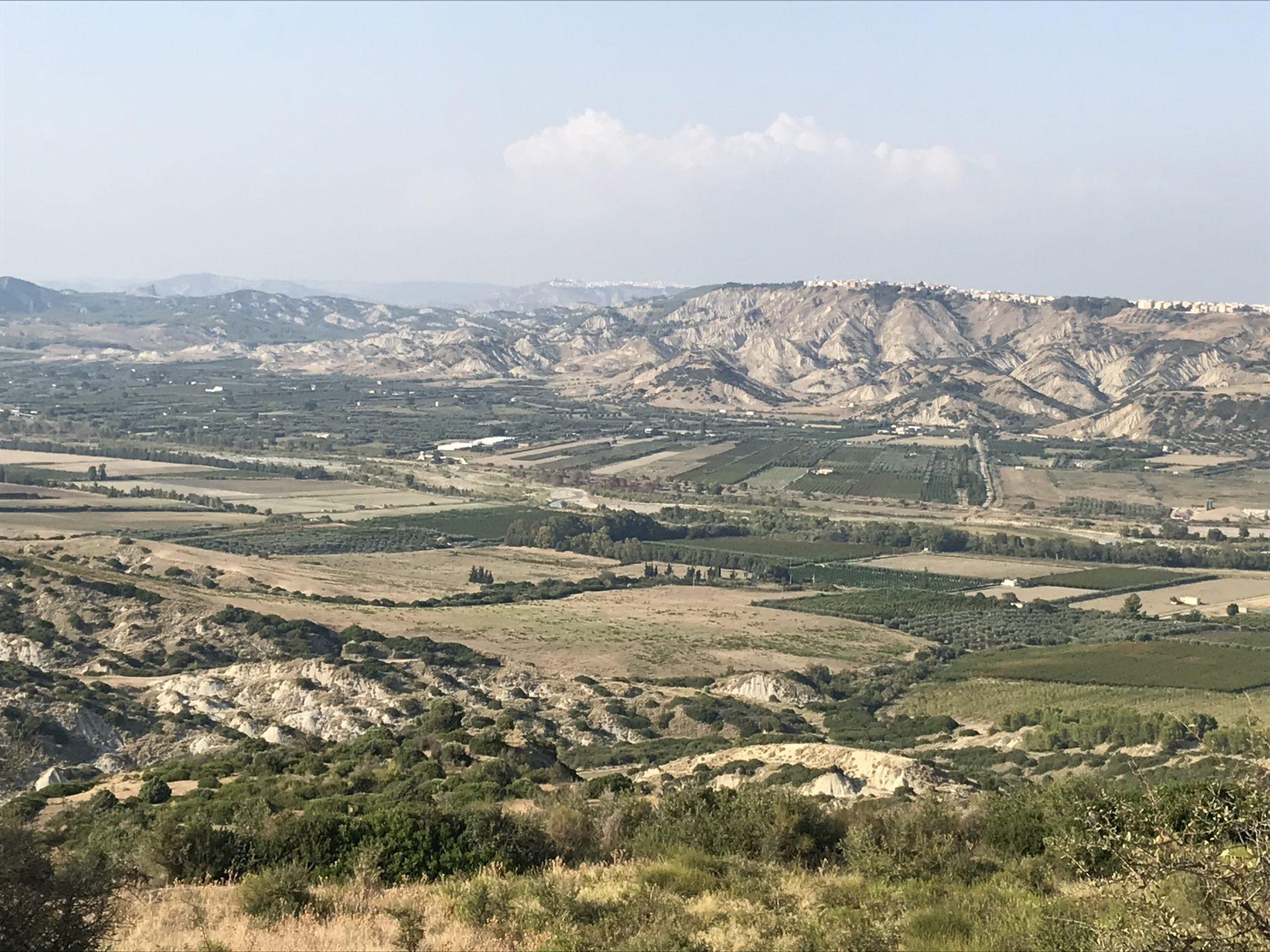 Blick in die Calanchi im Süden der Basilicata