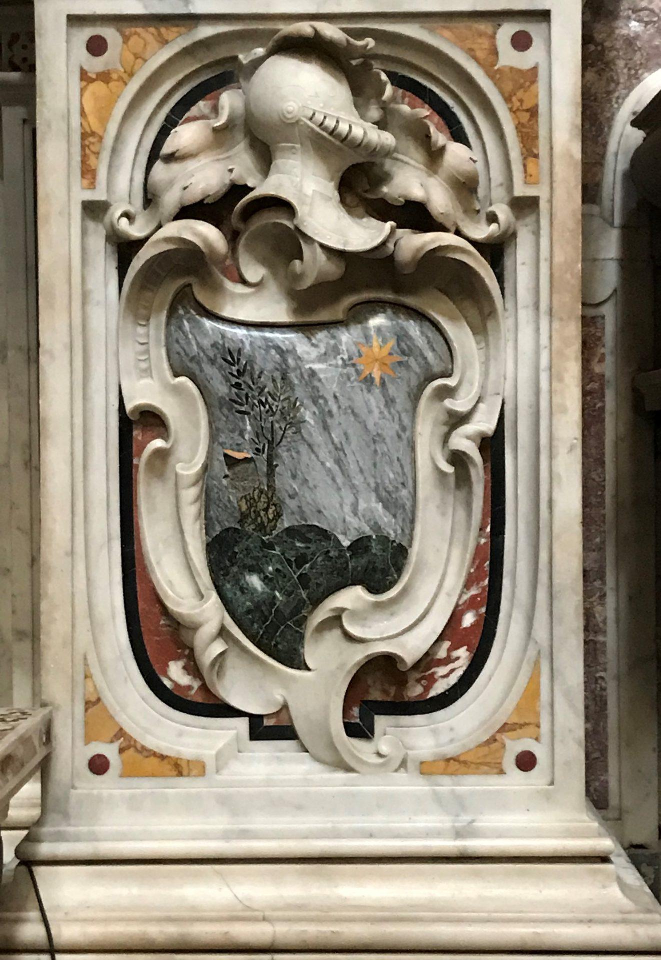Marmi commessi in der Kirche Gesù Vechhio