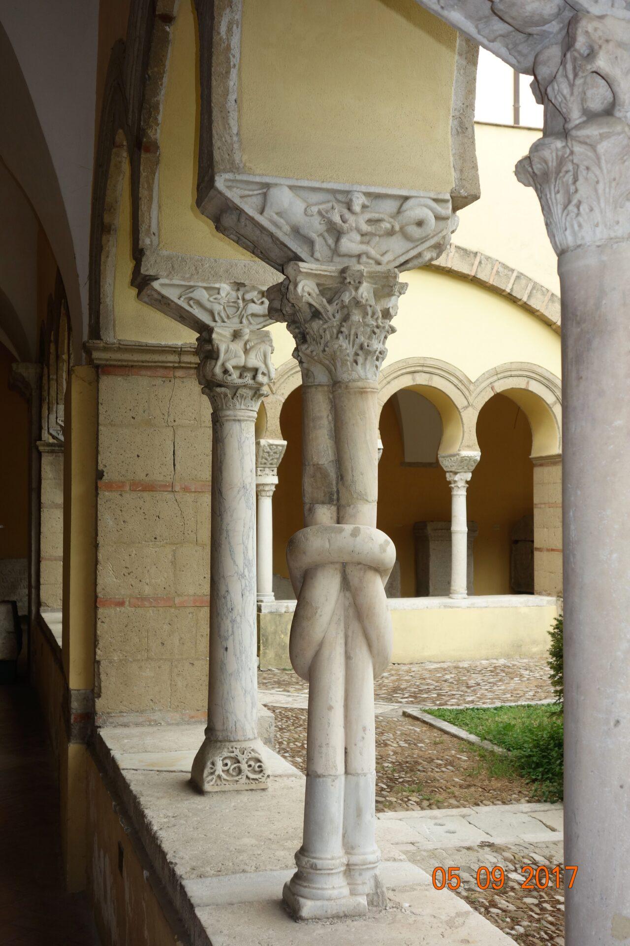 Benevento, chiostro della Santa Sofia