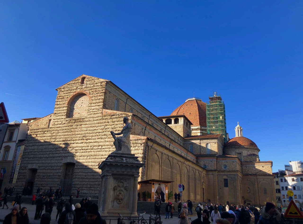 San Lorenzo mit Kuppel der Cappelle Mediceee